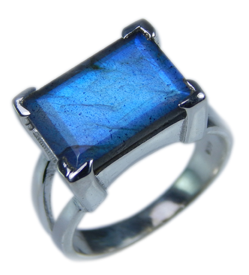 SKU 21673 - a Labradorite Rings Jewelry Design image