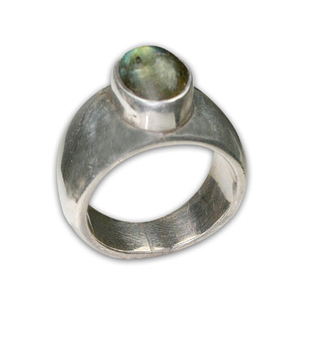 SKU 8701 - a Labradorite rings Jewelry Design image