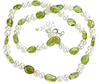 Green White Pearl Peridot Beaded Childrens Necklaces 16.5 Inches