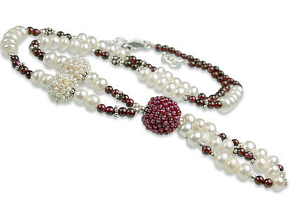 Garnet And Pearl Necklace 2