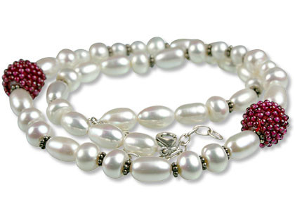 Garnet And Pearl Necklace 3