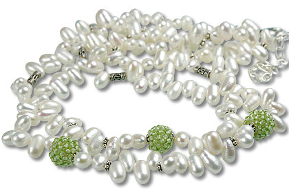 Green White Pearl Peridot Beaded Necklaces 15 Inches