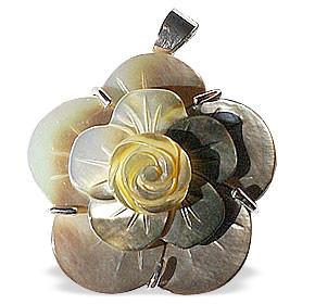 Flower Mother-of-pearl Pendants