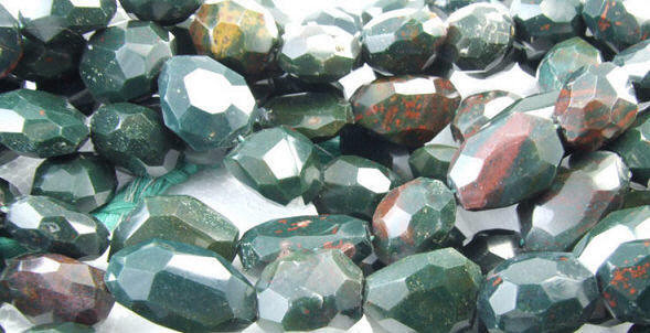 Green Bloodstone Beaded Faceted Beads 16 Inches