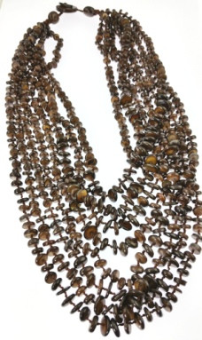 Brown Mother-of-pearl Gemstones Necklaces 30 Inches