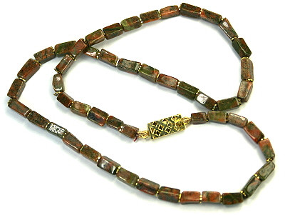 Green Red Unakite Beaded Simple-strand Necklaces 17 Inches