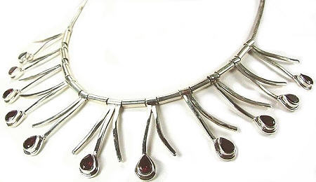 Red Garnet Silver Setting Contemporary Necklaces 17 Inches