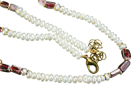 Simple-strand Pearl Necklaces 2
