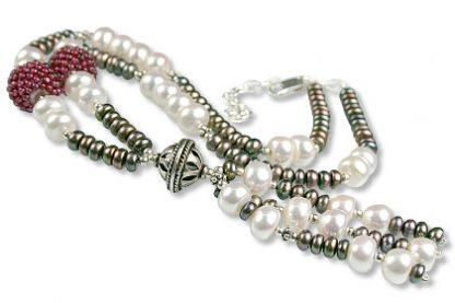 Multicolor Pearl and Garnet Necklace 2