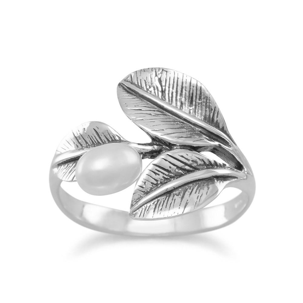 Oxidized Leaf Ring with Cultured Freshwater Pearl